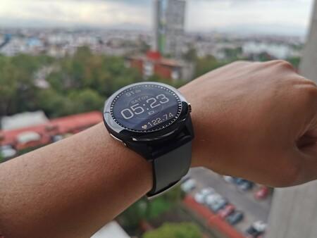 ASUS VivoWatch SP, probamos el primer smartwatch en México que puede medir la presión arterial y esto nos encontramos
