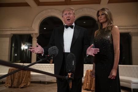 De negro y con lentejuelas: así ha sido el look de Melania Trump en Nochevieja
