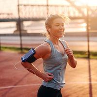Tres entrenamientos de running cortos y suaves que podemos realizar en los días de calor