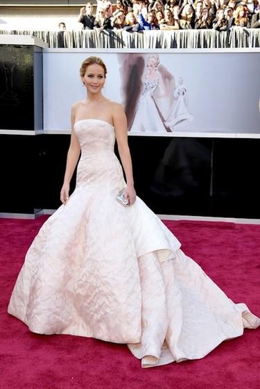 Ya está aquí, ya llegó: Mi top 5 de las mejor vestidas de los Óscar 2013