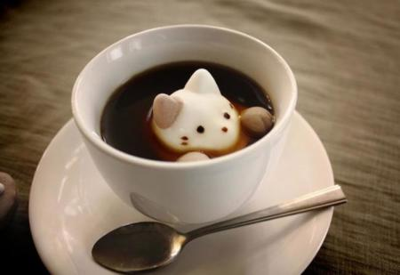 CafeCat, nubes que flotan en el café