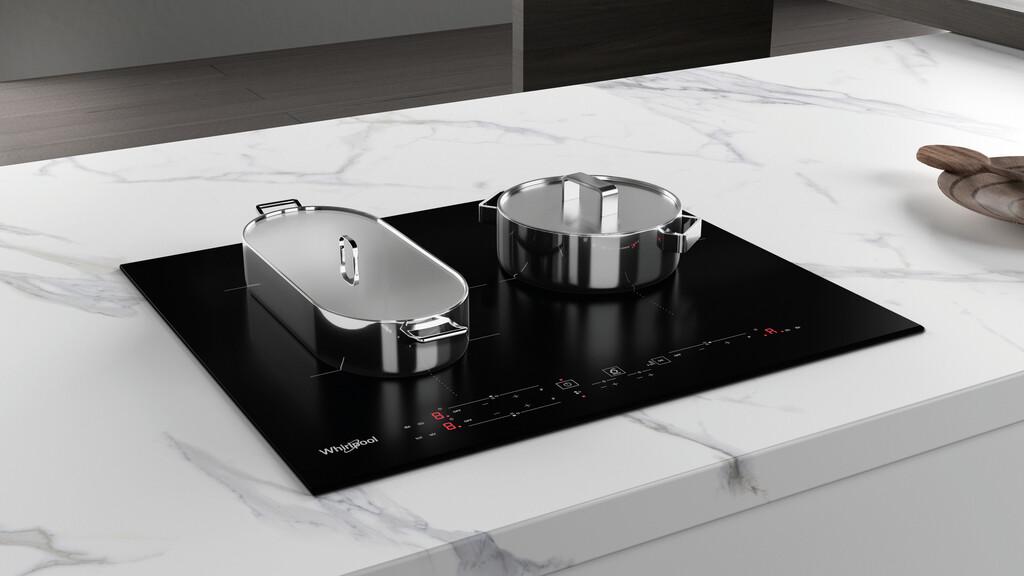 Whirlpool presenta sus nuevas placas de inducción con tecnología 6th Sense y uso combinado de las zonas de cocción