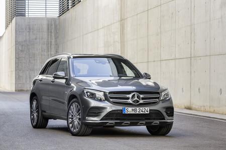 Mercedes-Benz presente en Zona Maco por cuarto año consecutivo para seguir apoyando al arte