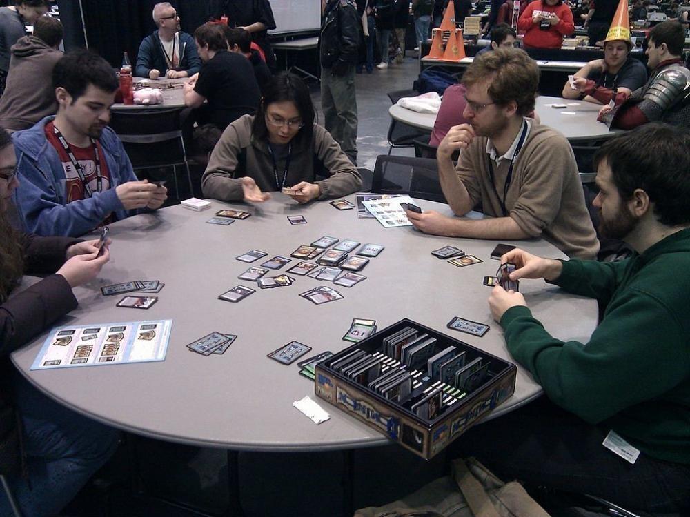 17 juegos de mesa a descubrir si el monopoly ya te aburre - Dominion juego de mesa ...