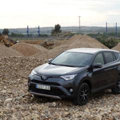 Foto 8 de 25 de la galería prueba-toyota-rav4-hybrid-exteriores-coche en Motorpasión