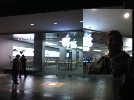 Hoy es el día: imágenes desde la Apple Store de La Maquinista