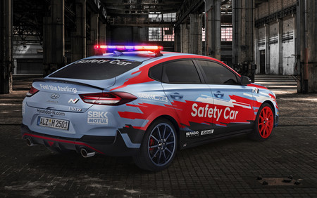 Hyundai i30 N Fastback Safety Car
