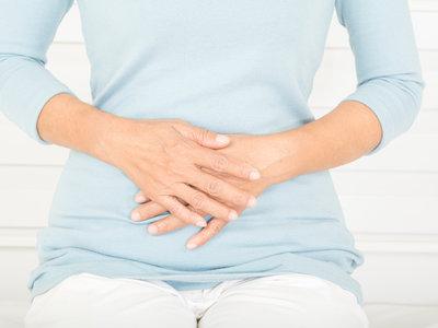 Siete señales que avisan de un posible cáncer de ovarios y que debes conocer