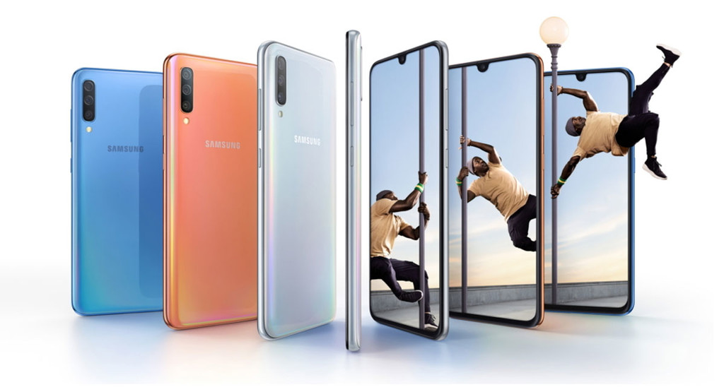 Samsung Galaxy A70: the giant of the series has a display of 6.7-inch and battery of 4,500 mAh