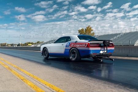 Dodge Challenger Drag Pak, así de impresionante es el nuevo devorador de asfalto