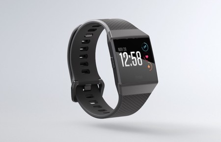 490bfea5f741 Fitbit Ionic quiere comerse al Apple Watch