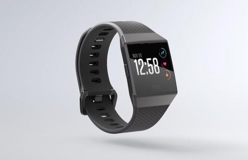 Fitbit Ionic quiere comerse al Apple Watch, e integra sistema de pagos, GPS y auriculares inalámbricos