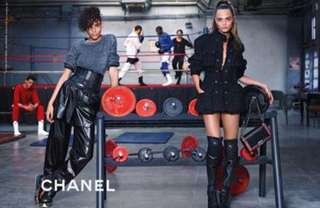 Campaña Chanel Otoño-Invierno 2014/2015 Cara Delevingne y Binx Walton por Karl Lagerfeld