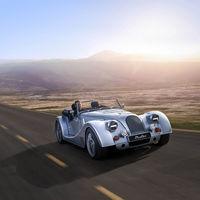 El nuevo Morgan Plus Six conserva el aspecto clásico pero estrena el seis cilindros del BMW Z4