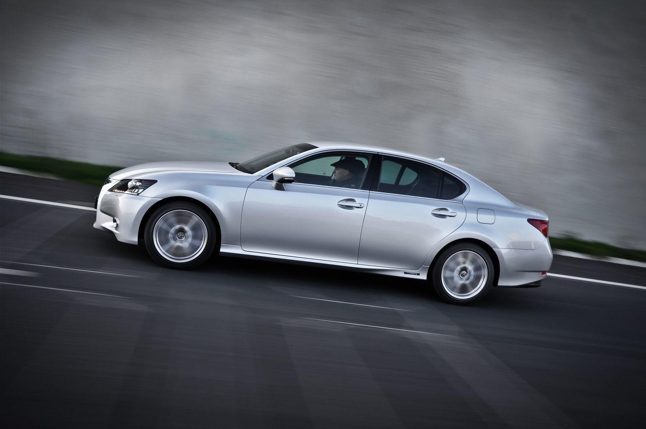 Foto de Lexus GS 450h (2012) (25/62)