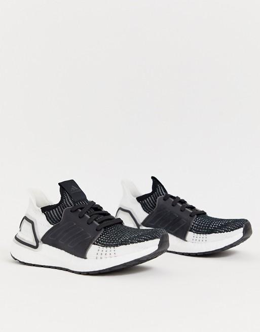 Zapatillas en blanco y negro Running Ultraboost 19 de adidas