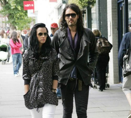 Katy Perry y Russell Brand, romance a la vista