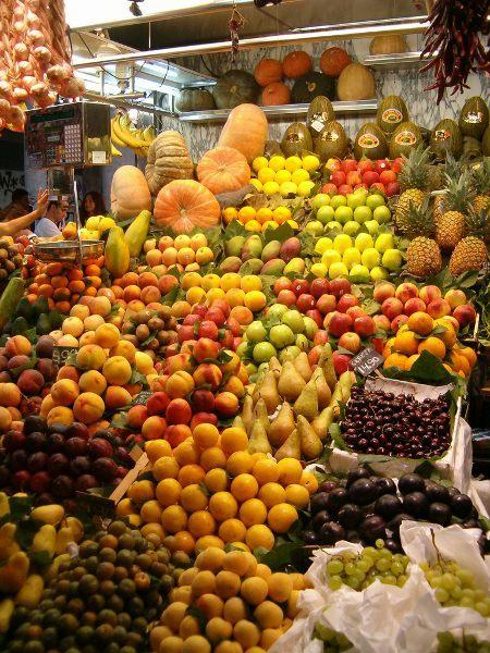 Algo ocurre en las fruterías de Madrid