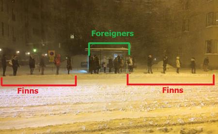 Hacer cola en Finlandia: la protección del espacio personal llevada al extremo