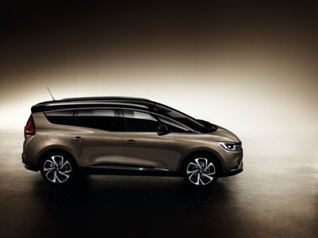 Renault Grand Scenic 2016 03