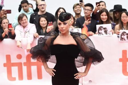 La entrada triunfal de Lady Gaga eclipsa al resto de looks en el Festival de cine de Toronto (y eso que son divinos)
