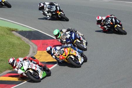 Pulk Yamaha R6 Dunlop Cup 2012 Niki Tuuli