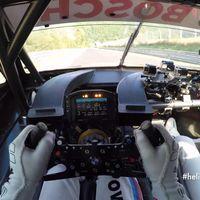 Una vuelta increíblemente rápida al Nürburgring en un BMW M4 DTM
