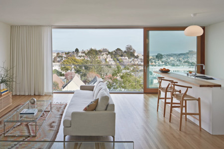 Un salón con las mejores vistas de San Francisco