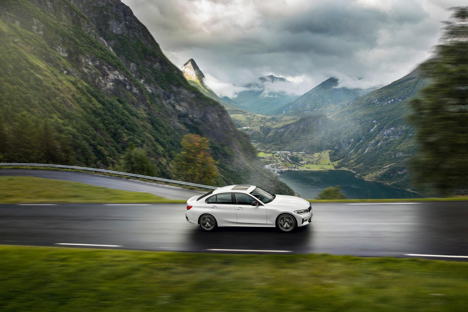 Foto de BMW Serie 3 2019 (47/131)