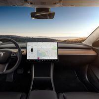 Los fabricantes de coches se empeñan en integrar pantallas táctiles y eso quizás sea una mala idea