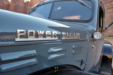 1942 Dodge Power Wagon 6x6 Moab Emblem