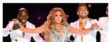 Jennifer Lopez strikes two manicures at Super Bowl