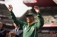 'Invictus': Mandela, el rugby y el mensaje políticamente correcto