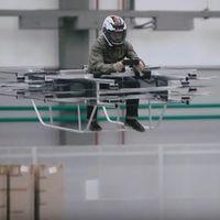 Esto es lo que pasa cuando Kalashnikov (el de los AK-47) piensa en motos: voladora, eléctrica y con 16 rotores