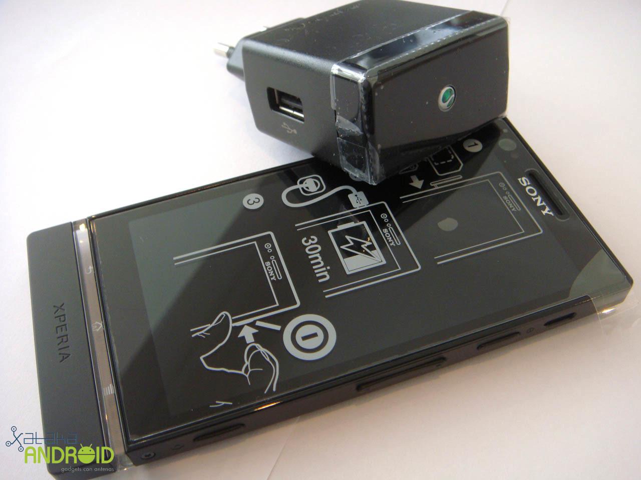 Foto de Unboxing Sony Xperia P (13/14)