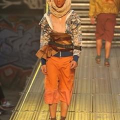 Foto 5 de 14 de la galería john-galliano-primavera-verano-2010-en-la-semana-de-la-moda-de-paris en Trendencias Hombre