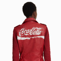 Desigual y Coca-Cola, la pareja vintage más molona de la temporada