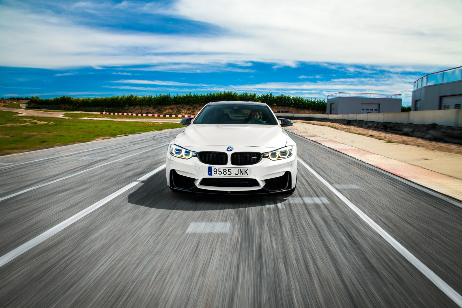 Foto de BMW M4 CS (24/60)