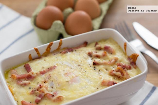 Huevos al nido con bacon. Receta