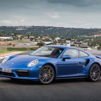Por 1.4 millones de pesos puedes convertir tu Porsche 911, Cayman o Boxtser en un bonito híbrido