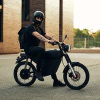 Black Tea Moped: una moto eléctrica tipo scrambler que está a mitad de precio y costará 1.900 euros solo hasta el 20 de julio