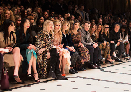 Burberry Womenswear Autumn Winter 2015 Show Front Ro 001