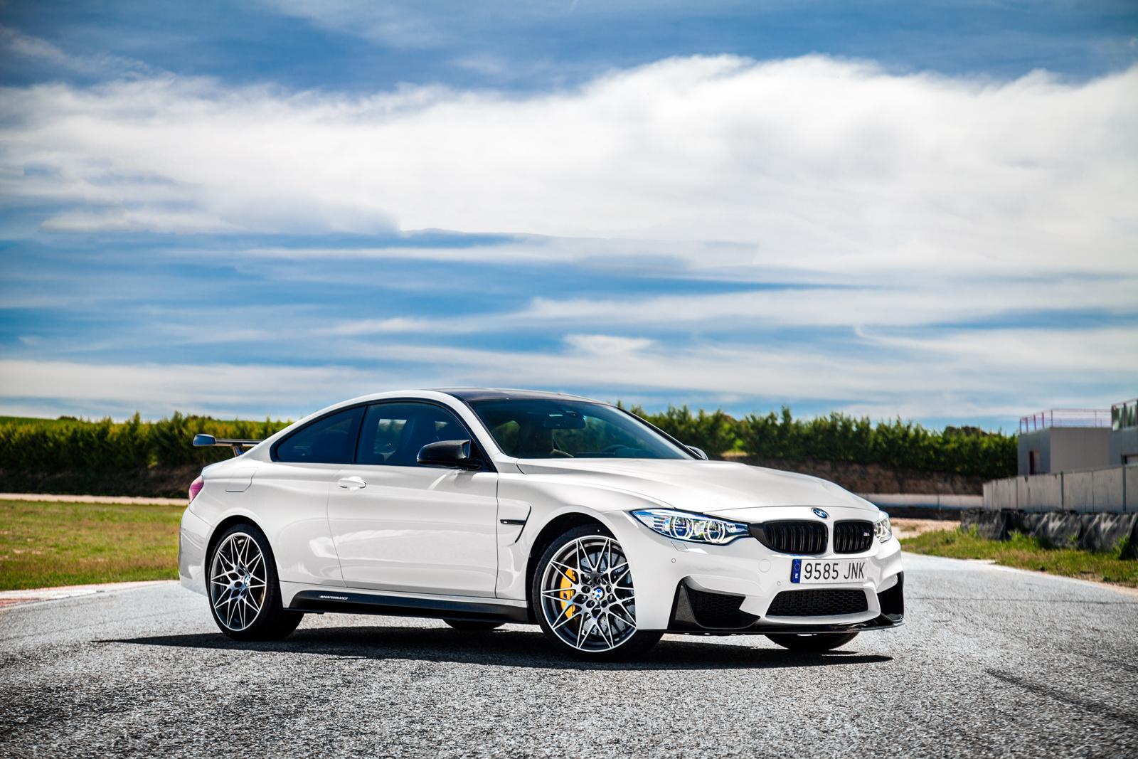 Foto de BMW M4 CS (56/60)