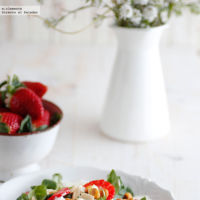 Ocho recetas ligeras con fresas para aprovechar esta fruta de temporada