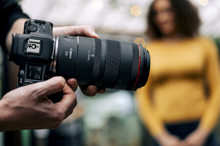 Canon Rf 100 Mm F28 L Macro Is Usm Lifestyle