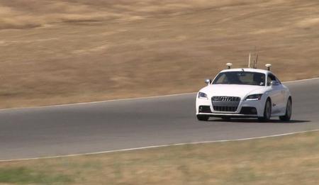 El Audi TT autónomo nos hace pensar en la posibilidad de ver carreras de este tipo de coches en un futuro