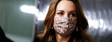 Kate Middleton se apunta a la tendencia de los pantalones de campana y de los jerséis jacquard