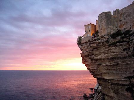Bonifacio, entre el mar y el cielo