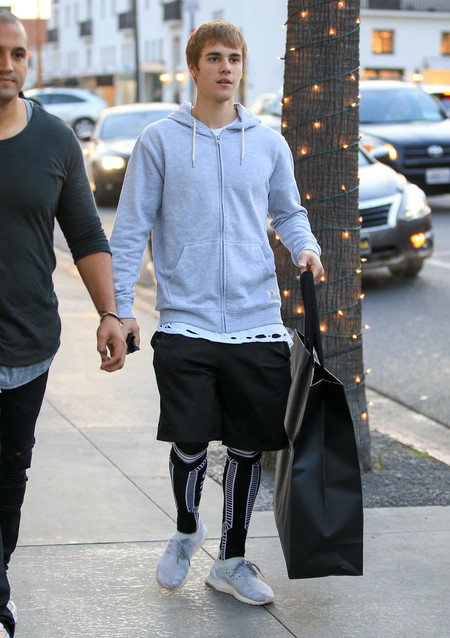 Nueve Veces En Las Que Justin Bieber Hizo Que Los Shorts De Basquetbol Fueran Cool 10