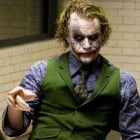 Patton Oswalt explica una interesante teoría sobre el origen del Joker que hizo Heath Ledger